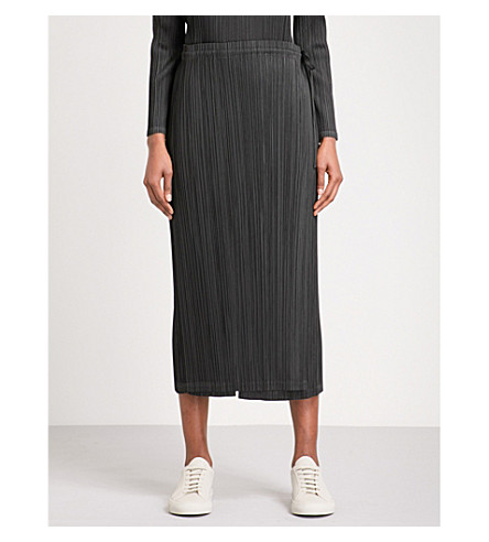 PLEATS PLEASE ISSEY MIYAKE Skirt-panel wide cropped high-rise pleated trousers (Black