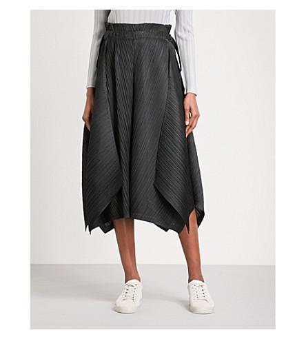 PLEATS PLEASE ISSEY MIYAKE Zigzag pleated culottes (Black