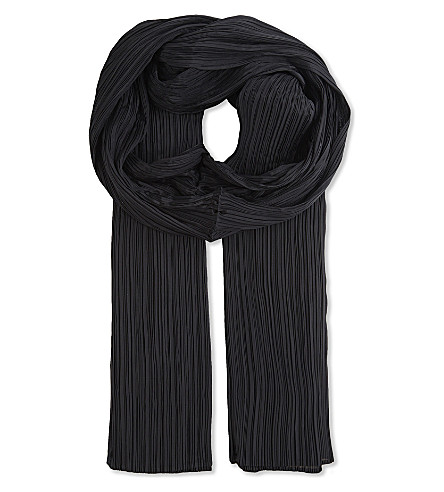 PLEATS PLEASE ISSEY MIYAKE Madame scarf (Black