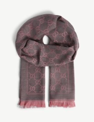 Guci Scarf Logo Wool 48 X 180Cm in Graphite Pink