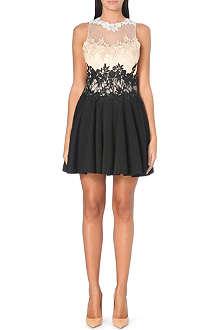 FOREVER UNIQUE Lainey lace dress