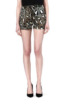 TIGER OF SWEDEN Yumi print silk-blend shorts