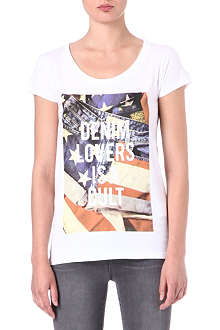 ELEVEN PARIS Denim Lovers is a Cult t-shirt