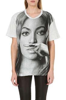 ELEVEN PARIS Beyoncé moustache t-shirt