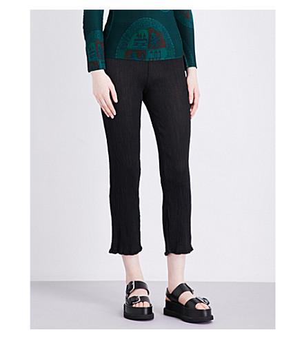 CAULIFLOWER Basic slim-fit crinkled-crepe trousers (Black