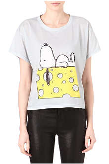 RODNIK X PEANUTS Snoopy on Cheese t-shirt