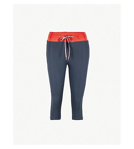 THE UPSIDE哑光功率伸展-泽西紧身裤 (靛蓝 + 白 + 红