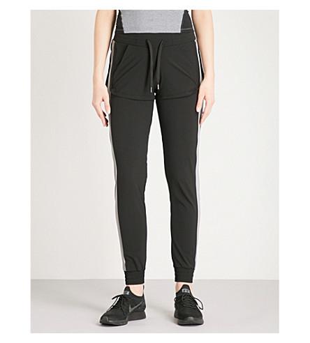 SAPOPA Free shell jogging bottoms (Black