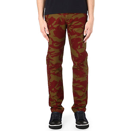 MARC BY MARC JACOBS Clapham camo chinos (Wineberry
