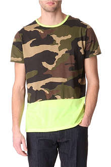 BLOOD BROTHER Fluoro panel camo t-shirt