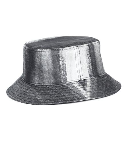 PIGALLE Dégradé bucket hat (Black/white
