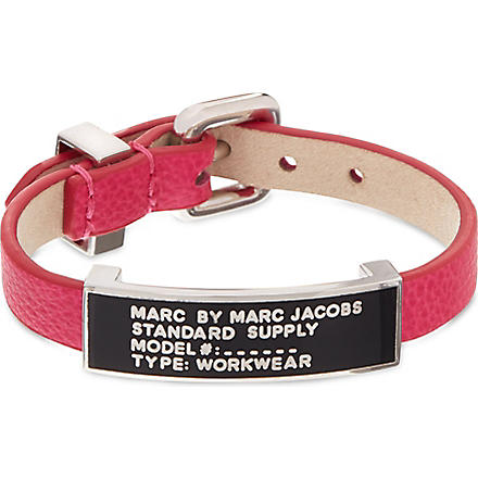 MARC BY MARC JACOBS Leather bracelet (Pop pink/black (argento)