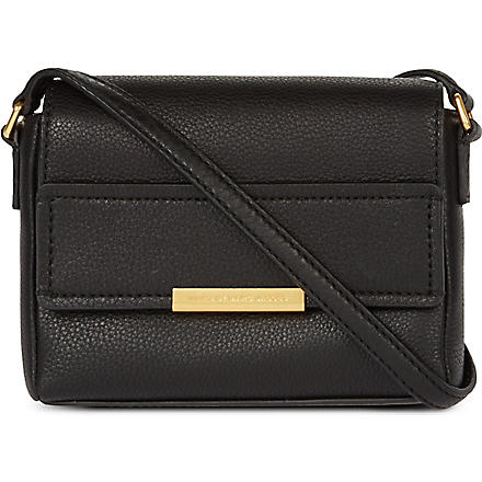 MARC BY MARC JACOBS Hail To The Queen Katie leather shoulder bag (Black