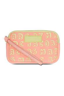MARC BY MARC JACOBS Dynamite logo phone purse
