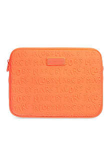 MARC BY MARC JACOBS Adults Suck tablet sleeve