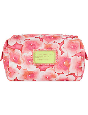 MARC BY MARC JACOBS Aki floral cosmetic case