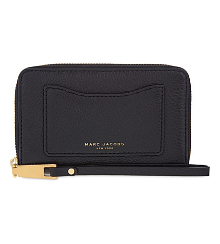 MARC JACOBS Recruit grained leather wrislet wallet (Black