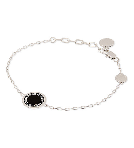 MARC JACOBS Enamel logo disc bracelet (Black/argento