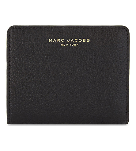 MARC JACOBS Gotham mini grained leather wallet (Black/gold