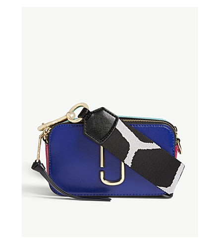 MARC JACOBS Snapshot leather wallet on chain (Academy+blue+multi