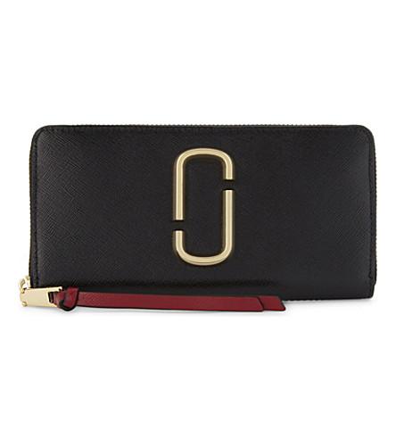 MARC JACOBS Snapshot Saffiano leather zip-around wallet (Black/chianti