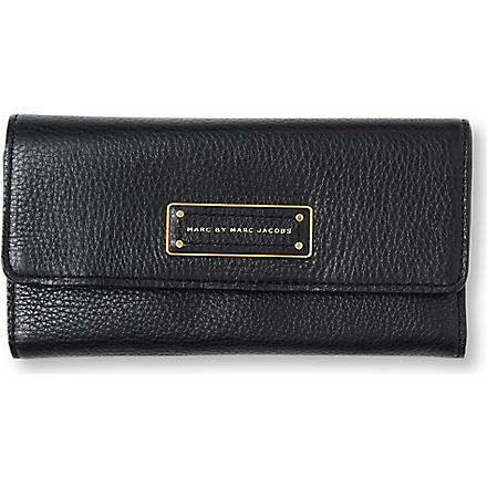 MARC BY MARC JACOBS Too Hot to Handle trifold wallet (Black