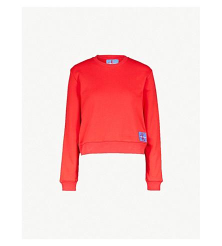 CALVIN KLEIN 徽标补丁棉混合卫衣 (西红柿