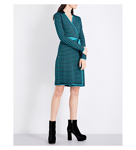 DIANE VON FURSTENBERG Square-patterned knitted wrap dress (Aquamarine/black