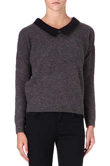 5CM I.T contrast-collar knitted jumper