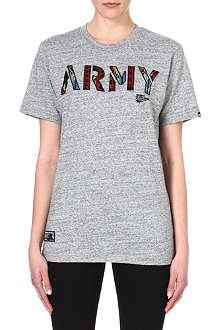 IZZUE Ethnic army print t-shirt