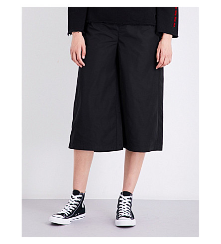 MUSIUM High-rise wide shell shorts (Black