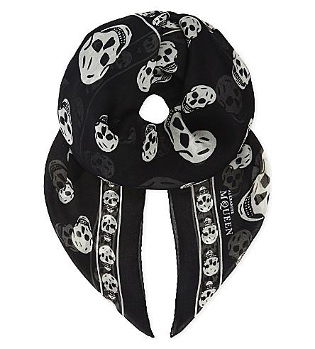 ALEXANDER MCQUEEN Skull print silk scarf (Black/ivory