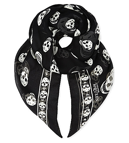 ALEXANDER MCQUEEN Classic skull print silk-chiffon scarf (Black/ivory