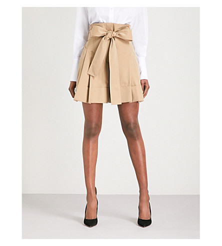 ALEXANDER MCQUEEN Paper bag-waist wide cropped high-rise cotton shorts (Beige
