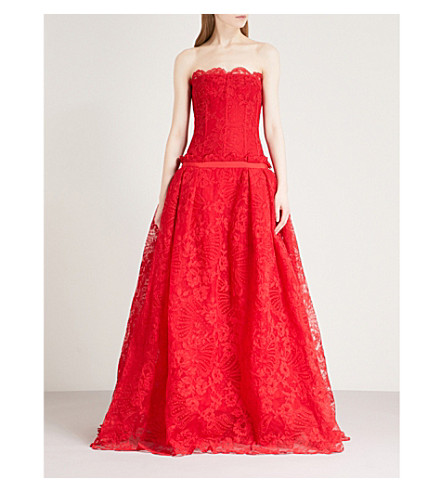 ALEXANDER MCQUEEN Strapless lace-embroidered gown (Lust+red