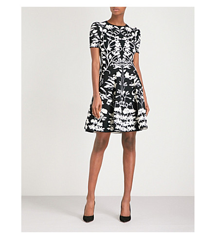 ALEXANDER MCQUEEN Botanical-patterned jacquard-knit mini dress (Black/ivory