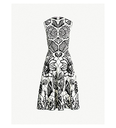 ALEXANDER MCQUEEN Shell-embroidered knitted dress (Ivory black