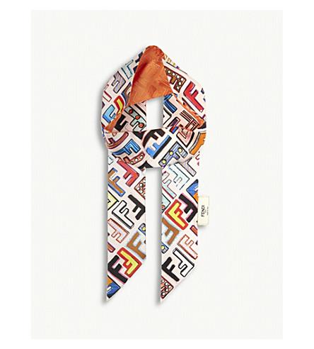 FENDI 趣味 Wrappy 真丝围巾 (茶花 + 黑色