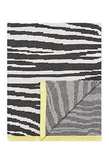 BONNIE BABY Zebra print shawl