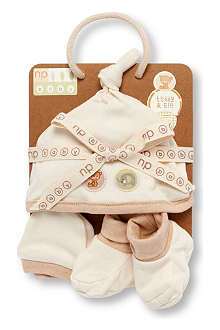 NATURES PUREST Teddy & Ele hat, mittens and booties set