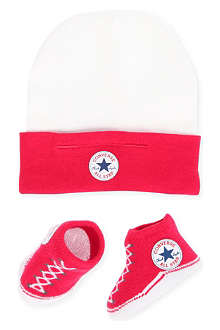 CONVERSE Hat and bootie set 0-9 months
