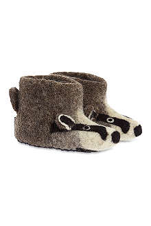 SEW HEART FELT Billie badger slippers newborn - 5 years