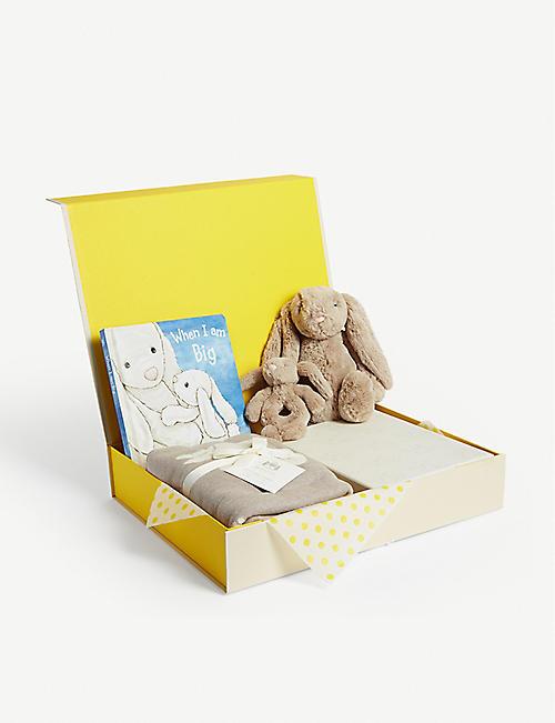 SELFRIDGES 兔子婴儿礼篮