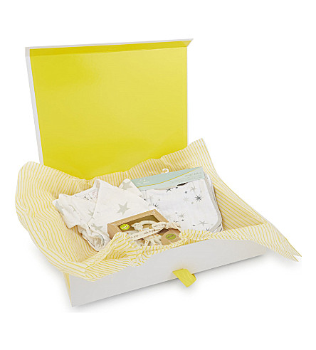 SELFRIDGES Unisex cotton baby hamper (Multi