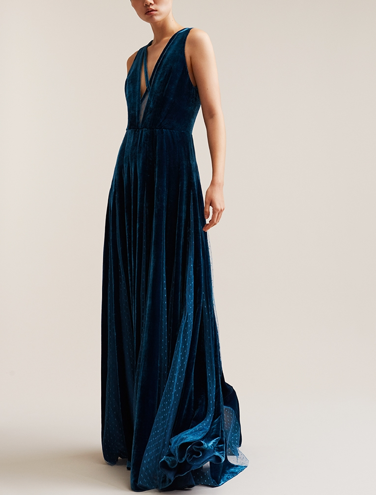 Blue velvet Elie Saab dress