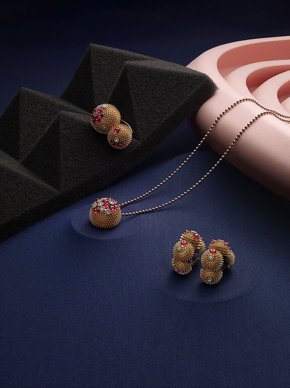 A collection of Cartier jewellery