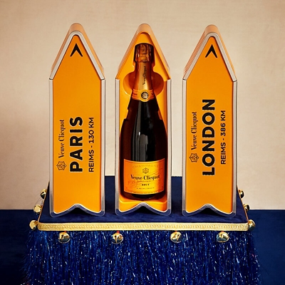 Personalised Veuve Cliquot arrow tin