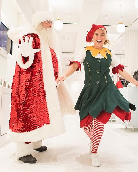 圣诞老人和助理精灵