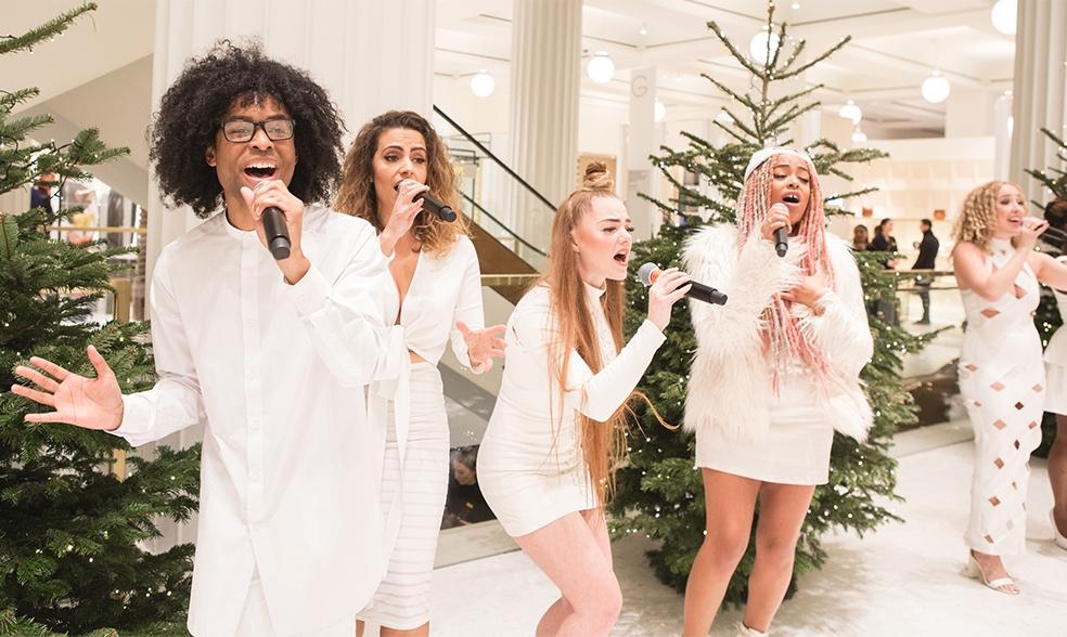 圣诞合唱团和  DJ Selfridges