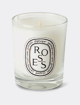 A Diptyque candle